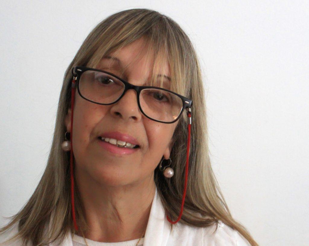 Monica Lucero: LABOR ANYLYSE ASSISTENTIN UND AUTHOR